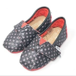 TOMS | Classic Tiny Baby Shoes Size 5